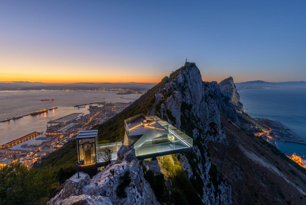 Arc Designs (Испания). Прогулка над Гибралтаром