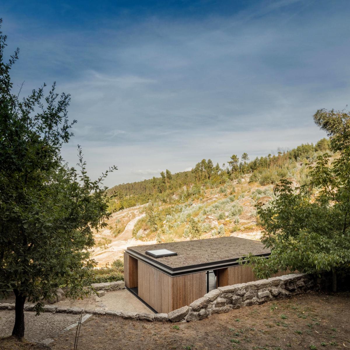 Andreia Garcia Architectural Affairs (Португалия). Дом вместо винного погреба
