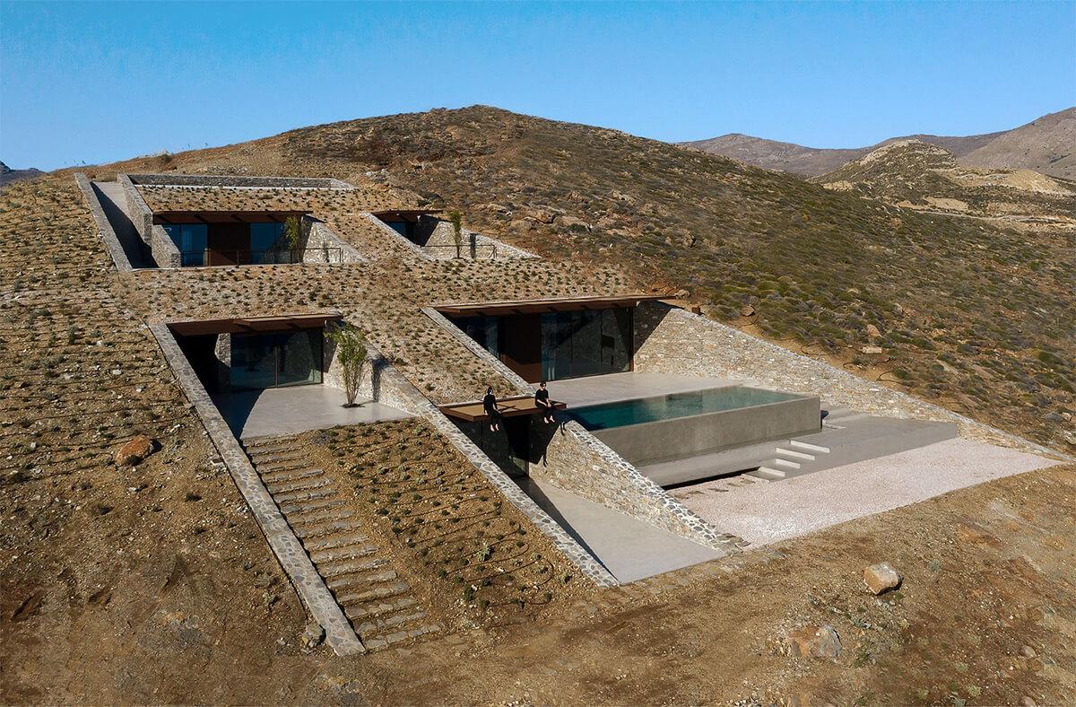 Mold Architects (Греция). Дом-пещера с видом на Эгейское море