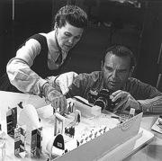 Чарльз и Рэй Имз (Charles & Ray Eames)
