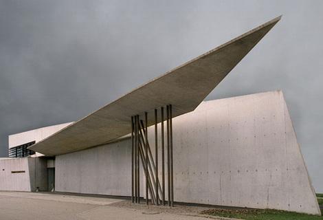 Пожарная станция Vitra в Вайле-на-Рейне (Германия), 1993