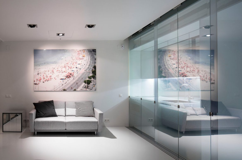 Camarim Architectos (Португалия). Квартира со стеклянными перегородками