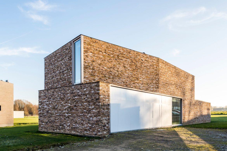 DMOA architects (Бельгия). Дом-экран