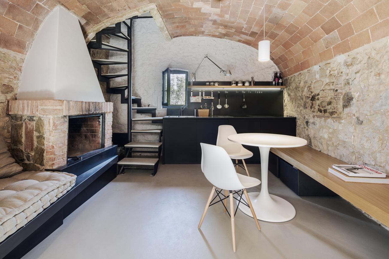 Archiplanstudio (Италия). Микро-квартира в Тоскане
