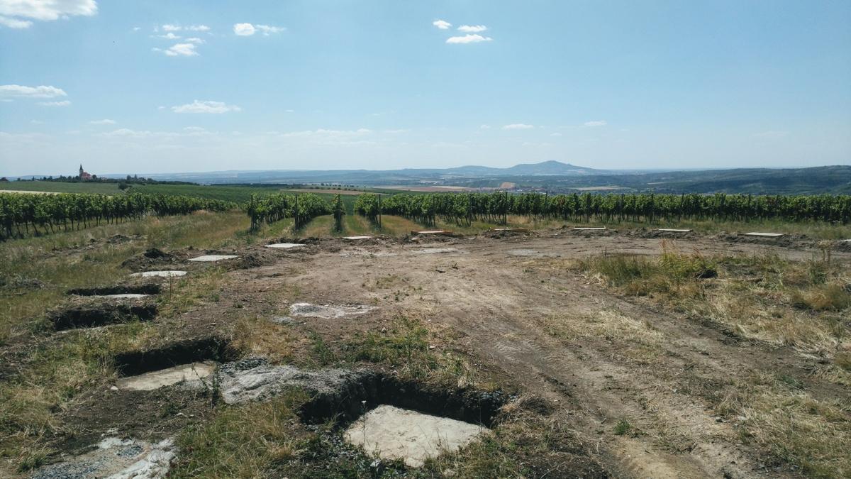 Keeo4design (Чехия). Прогулка над виноградниками